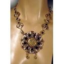 Collar de zafiros, topacios, plata sólida de Ley contrastada 926 y bronce.