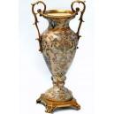 Jarrón balaustre, 48 cm. Estilo Luís XV en porcelana y bronce.